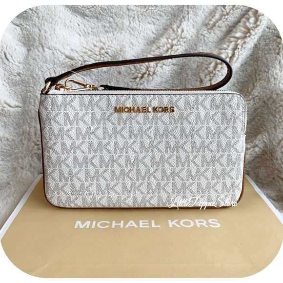 MICHAEL Michael Kors Handbags - MICHAEL KORS JET SET WRISTLET MK VANILLA